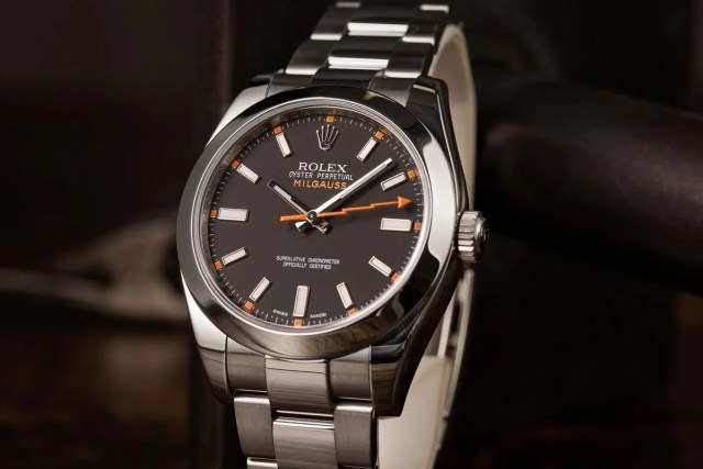 Rolex Milgauss Ultimate Buying Guide 116400 Black Dial