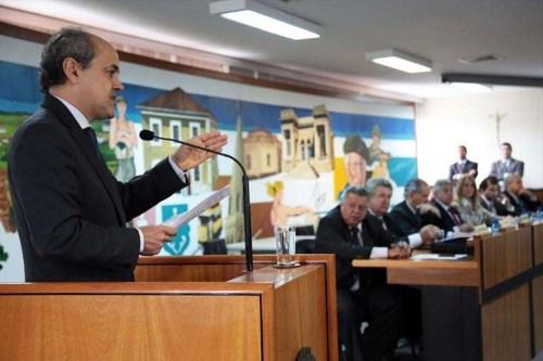 3 em cada 4 curitibanos desaprovam o trabalho dos vereadores