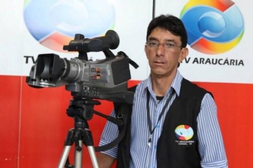 Repórter cinematográfico é assassinado a tiros na porta de casa