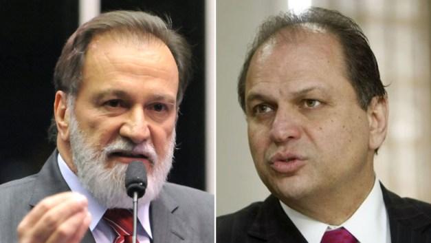 Osmar conversa com Barros