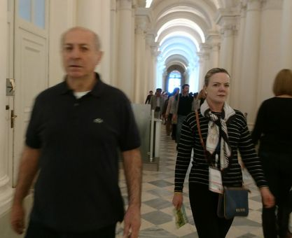 Paulo Bernardo sai das trevas para conspirar nas sombras