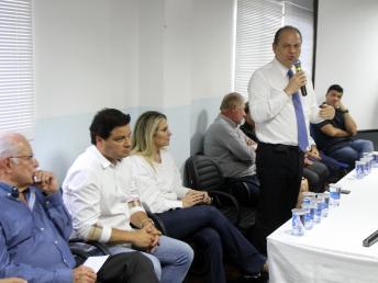 Ricardo Barros garante R$ 1,8 milhões para consulta e exames