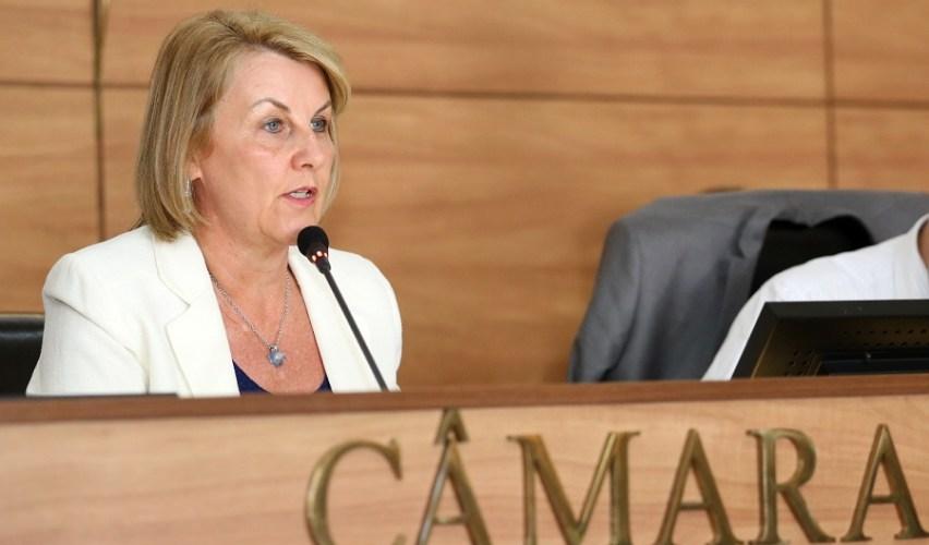 Curitiba paga 91% da dívida da Saúde, diz Marcia Huçulak