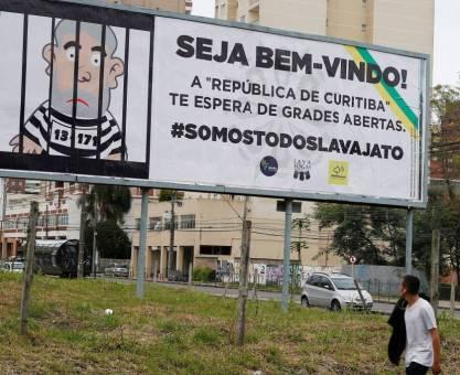 Lula inclui Curitiba, Francisco Beltrão, Quedas do Iguaçu, Laranjeiras do Sul e Pinhão na caravana pela região Sul