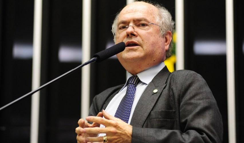 Alfredo Kaefer garante Centro de Endoscopia para o Hospital Universitário.