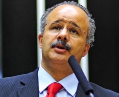 Petista quer proibir STF de televisionar sessões