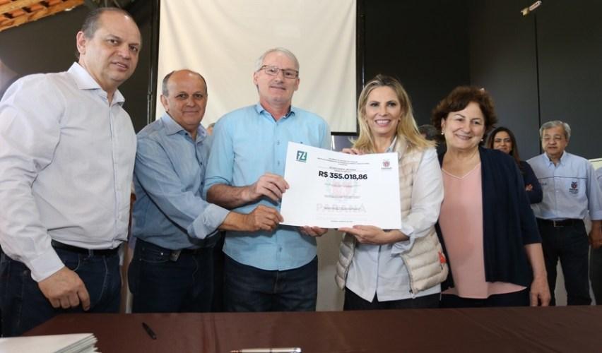 Cida confirma R$ 217 milhões em obras para 200 municípios