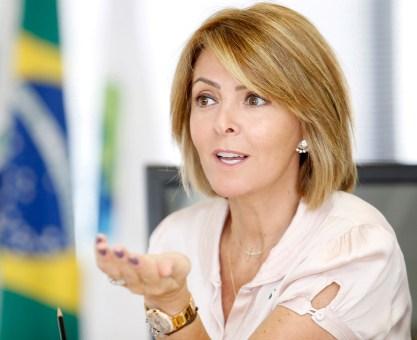 Fernanda Richa destaca trabalho dos assistentes sociais no Paraná