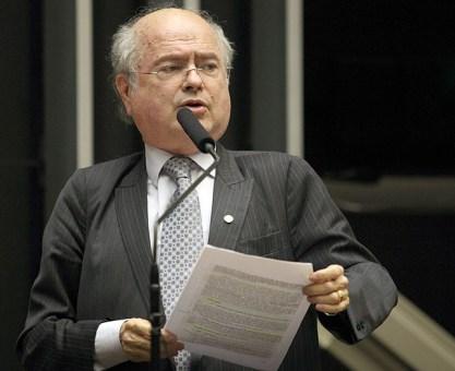 Kaefer busca solução para fim da greve dos caminhoneiros