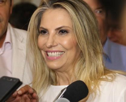 37% conhecem Cida e 30% sabem que ela é governadora do PR