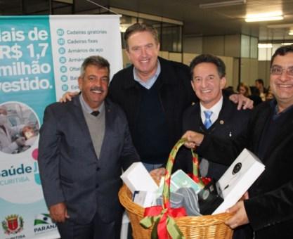 Michele Caputo destaca construção e reformas de unidades de saúde em Curitiba