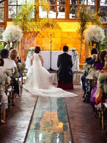 ceremonia religiosa casa de las hiedras www.bodasdecuento.com