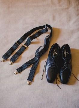 zapatos-tirantes-novio-zaragoza www.bodasdecuento.com