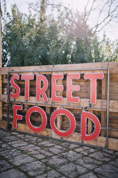cartel street food www.bodasdecuento.com