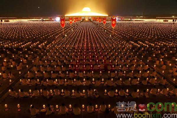 一百萬小朋友爲世界和平打坐