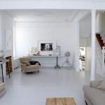 Une belle maison rénovée en blanc