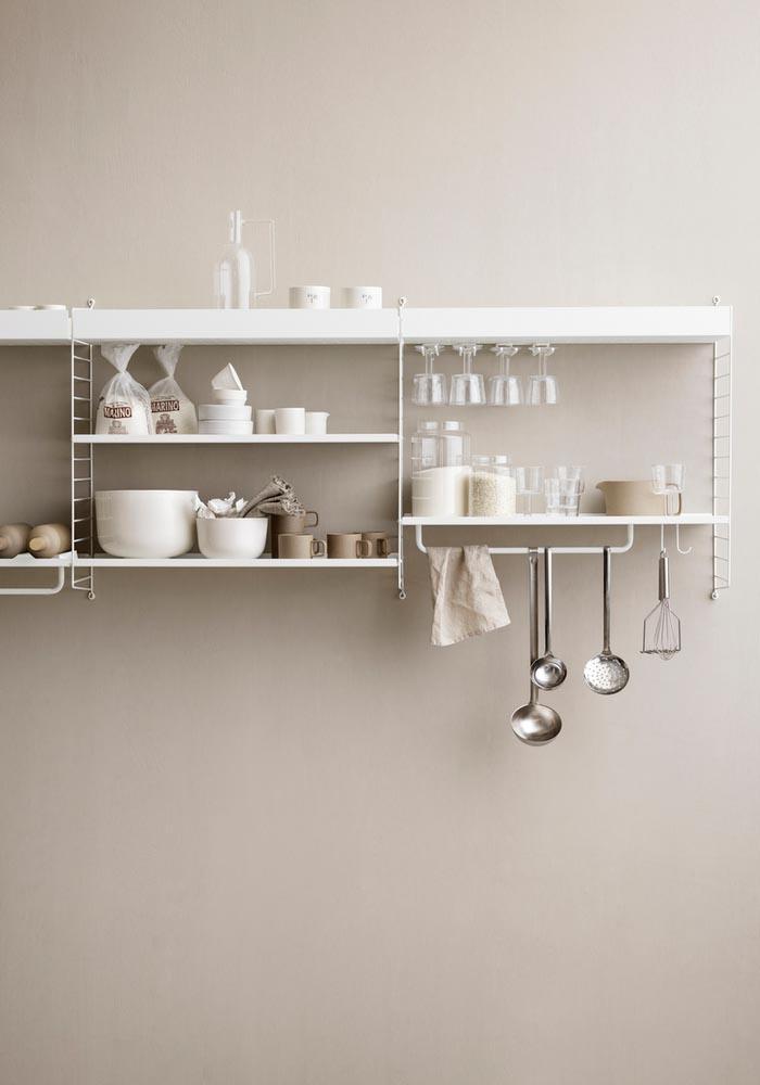 étagère String® dans la cuisine