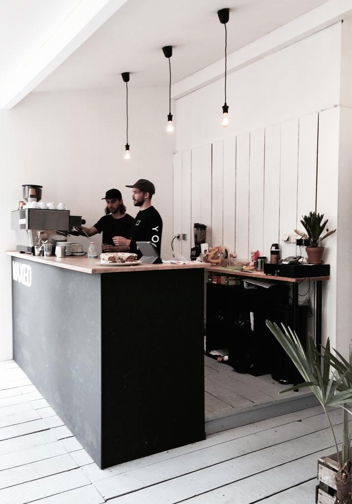 Waxed café in Hossegor