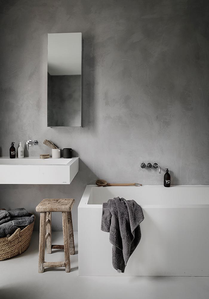 Tadelakt bathroom: A pared-down & natural London home in Grazia