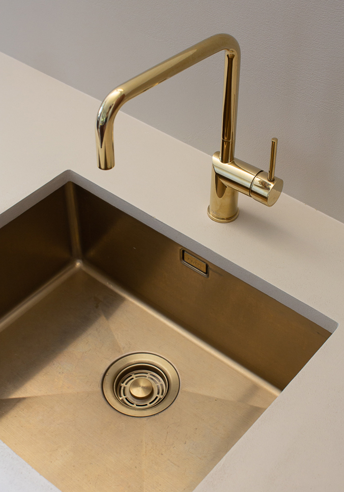 Nivito brass faucet and brass sink at CASA PYLA