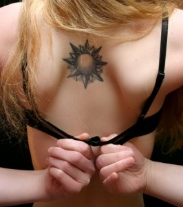 Custom-Tattoo-Designs-Beautiful-Sun-Tattoo-Designs-for-Women