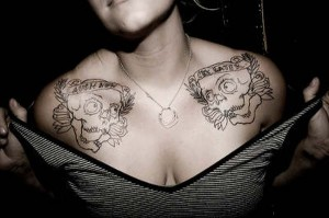 women-chest-tattoos