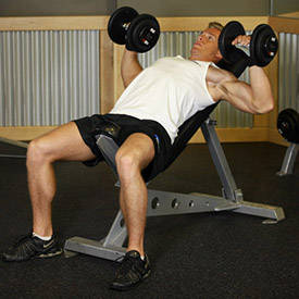 incline-dumbbell-press-instruction-step-1