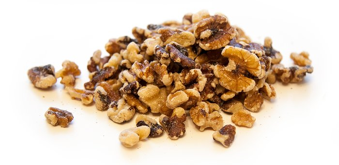 The 5 Nuts Fit People Eat: Walnuts