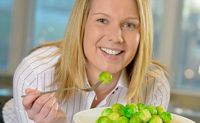 eat brussels sprouts