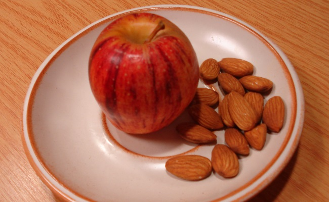 Apple And Almonds