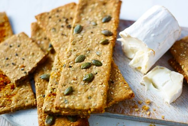 Oatbran Crackers And Hummus