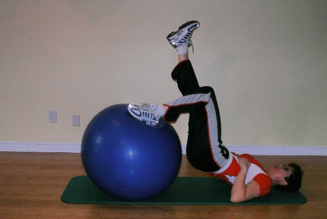 Single Leg Curl With Stability Ball