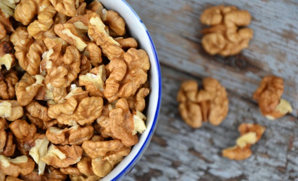 snack walnuts for weight loss