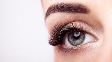 female-eye-with-long-false-eyelashes-KE24C38-2.jpg?resize=370%2C208&ssl=1