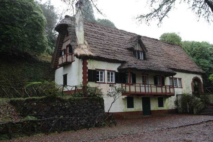 Haus in Queimadas