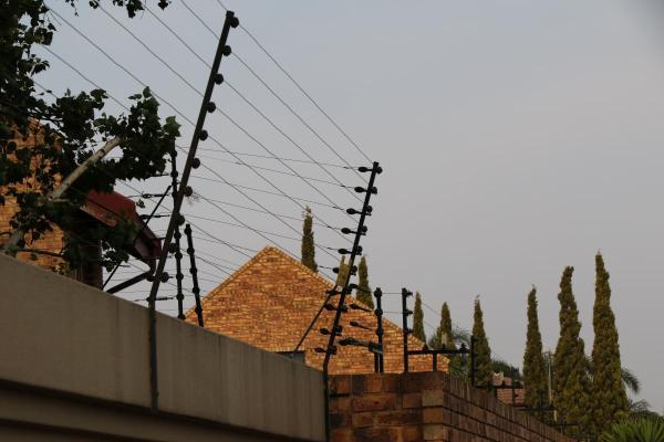 Elektrozaun um Wohnanlage in Boksburg