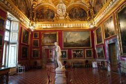 Eng behangenen Wände im Palazzo Pitti