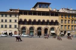 Häuser an der Piazza de Pitti (mit Wölfen)