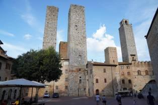Piazza delle Erbe in San Gimignano