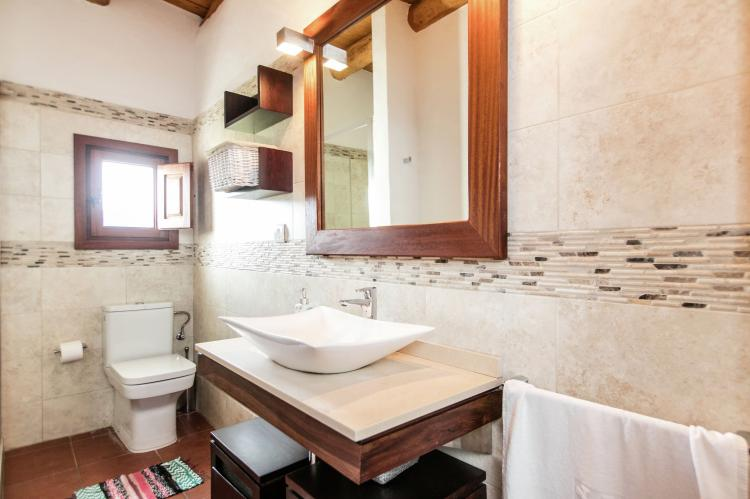Badkamer Ibiza Stijl : Ibiza stijl huis inrichting perfect communal table make your