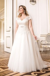 Lovely by Mode de Pol - Brautkleid lo-69t