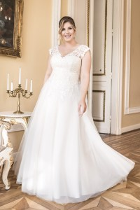 Lovely by Mode de Pol - Brautkleid lo-82t