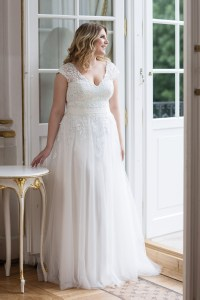 Lovely by Mode de Pol - Brautkleid lo-91t
