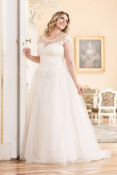 Lovely by Mode de Pol - Brautkleid lo-97