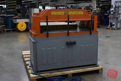 Champion Hydraulic Die Press - 121720024920