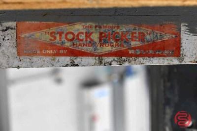 The Famous Handtrucks Stock Picker - 123020114320