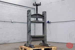 W.O. Hickok Antique Book Press - 030921114510
