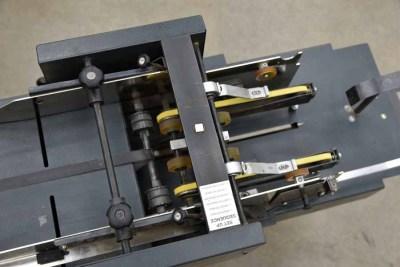 Suspension Strate Flo Envelope Feeder w/ Conveyor - 040921105720