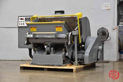 Large Format Clamshell Die Cutter - 062821114919
