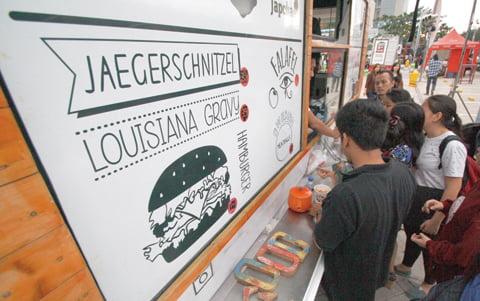 antarafoto-festival-food-truck-tangerang-051214-riv